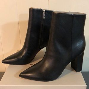 Marc Fisher ML Ulani Black Leather Heeled Bootie